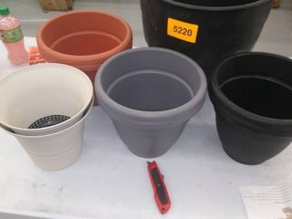 lot of 9 misc  size and color flower pots