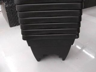 7  16  black deck box planters 14 qt