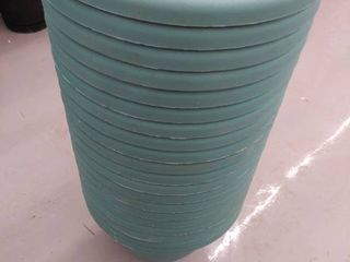 20 10  Plastic Planter with Removable Drain Plug  Model  CNA08000DE1