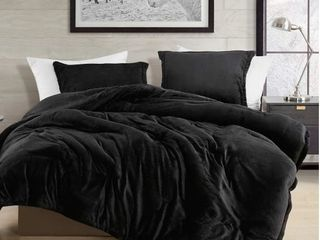 Queen  Black Touchy Feely Coma Inducer Oversized Comforter