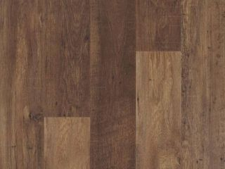 Pergo Outlast  Waterproof lawrence Chestnut 10 mm T x 6 14 in  W x 47 24 in  l laminate Flooring  16 12 sq  ft    case  Medium