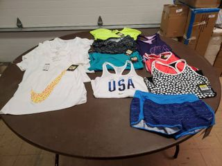 lot of 13 Nike women Size Small Activewear