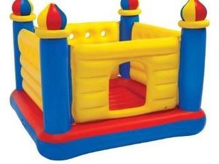 Jump O lene Castle Bouncer