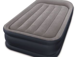 Intex Twin Dura Beam Standard Deluxe Pillow Rest Raised Airbed with Built in Pump