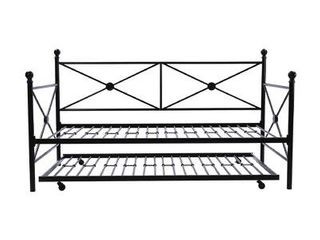 Twin Size   Timberwyck Metal Daybed with Trundle Retail   278 99