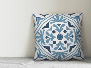 Blue Mallery Medallion Throw Pillow Retail   37 99