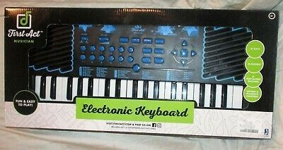 First Act Discovery Electronic Keyboard Record Play 37 Keys Starter Instrument