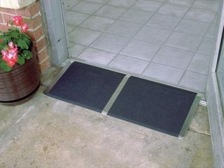 Prairie View Industries TH1032 Threshold Ramp  10 in x 32 in