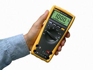 USED Fluke 77 IV Digital Multimeter  Yellow