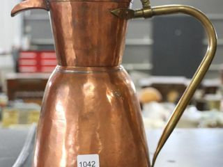 EARlY COPPER PITCHER WITH lID 13