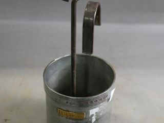 1 lITRE HANGING BUCKET AND FORGE TOOl
