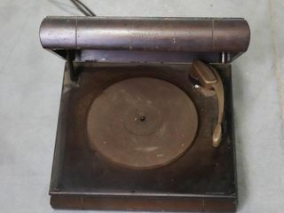 ElECTRIC RECORD PlAYER   NOT TESTED