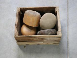 BOX OF HAT MOUlDS