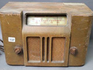 ROGERS MAJESTIC TAlE TOP RADIO