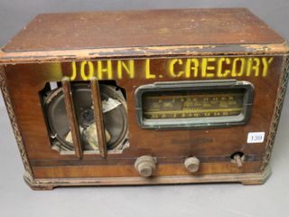 STROMBERG  CARlSON TABlE TOP RADIO