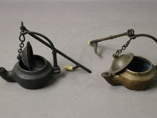 TWO WHAlE OIl lAMPS 4X2X4