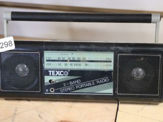 TEXCO PORTABlE RADIO 10X3X4