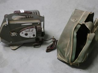OPTICON PROJECTOR 8 WITH BAG