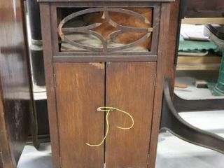 THE GRANDOl VICTROlA   NOT TESTED