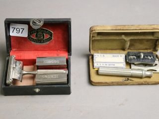 2 EVER READY VINTAGE SAFETY RAZORS AND CASES
