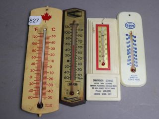 4 PlASTIC THERMOMETERS 3 X8