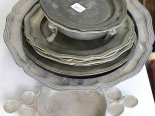 GROUP OF PEWTER ITEMS