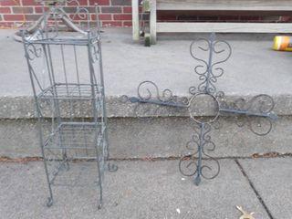 2 decorative item lot