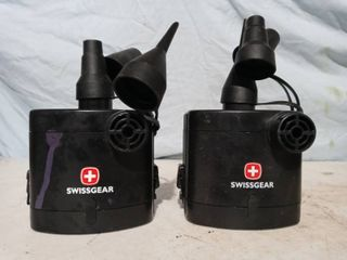 2 airpumps Swissgear