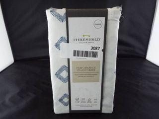 Threshold performance standard pillowcases