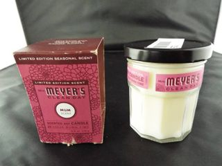 Mrs meyers clean day soy candle