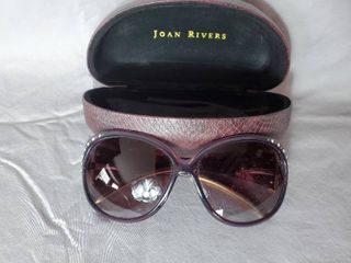 Joan Rivers Sunglasses with Case