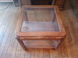 Nice Vintage Mid Sized Wooden Glass Top End Table In Good Condition