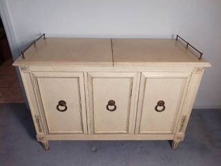 Mid Century liquor Cabinet Hickery Manufacturing Co    Off White