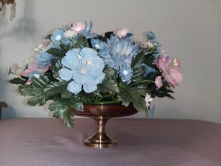 Oneida Silversmiths Silver Plated Stand with Blue Accent and Plastic Foliage