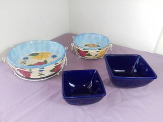 lot Of 4 Temptations Presentable Ovenwear By Tara Items   2 Dark Blue Square Bowls W  Floral Design   2 Casserole Dishes W  Metal Holding Bases  Colorful Floral Design