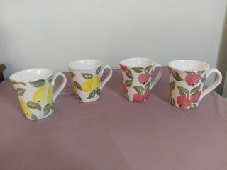 lot of 4 Pier 1 Import from Italy Hand Painted Coffee Cups with Pear and Apple Designs