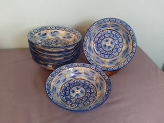 lot of 8 Temp tations Presentable Ovenware by Tara Old World Pattern 7 5  Bowls   Oven Dishwasher and Microwave Safe   Some Bowls are Chipped on Rims  Shown in Pictures