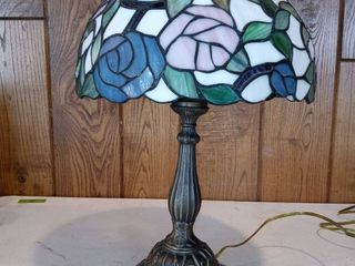 Stained Glass Shade Tiffany Style lamp Tested And Working