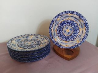 lot of 8 Temp tations Presentable Ovenware by Tara Old World Pattern 8  Salad Plates Oven Dishwasher and Microwave Safe