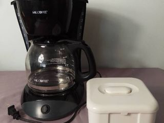 Mr  Coffee Model DW13 Coffee Maker with Pot and Coffee Filter Container   Powers on Not Tested