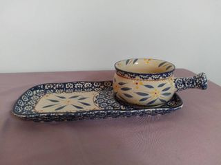 Temp tations Presentable Ovenware by Tara Old World Pattern 18oz Soup Bowl with Handle and Matching Plate Oven Dishwasher and Microwave Safe