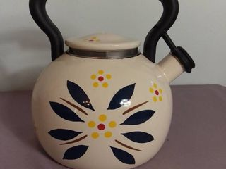Temp tations Presentable Ovenware by Tara Old World Pattern Coffee Tea Pot   lid is Broken and needs some TlC