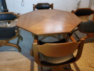 Vintage Octagon Tabel with Basset Style Frame And 4 Chairs  Inner leaf Included and Table Cover