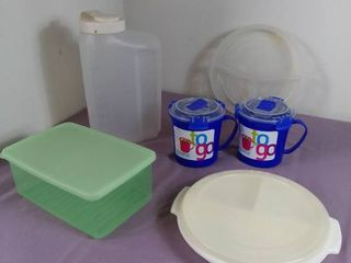 lot Of Miscellaneous Plastic Containers Kitchenware