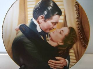 Gone with the Wind Marry Me Scarlett  Collectible Plate with Stand