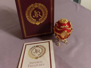 Imperial Treasures by Joan Rivers Fabrege Eggs Series 1   First Egg in Series The Portrait Egg
