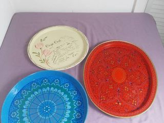 lot Of 3 Metal Trays   1 Red   1 Blue   1 Cape Cod Tray