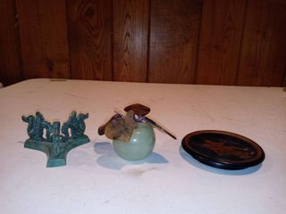 lot Of 3 Small Assorted Home Decor Accent Pieces Glass Apple With Glass leaves Black Coaster Stand Etc