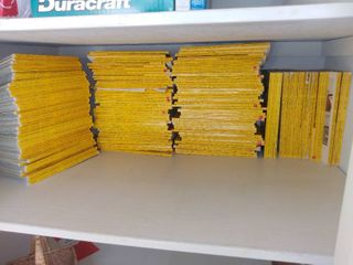 large lot of National Geographic Magazines 1960s and 1970s
