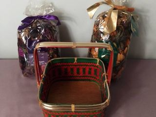 lot of 3 Items   2 Bags of Potpourri Peach and Mulberry Scented with a Woven Basket